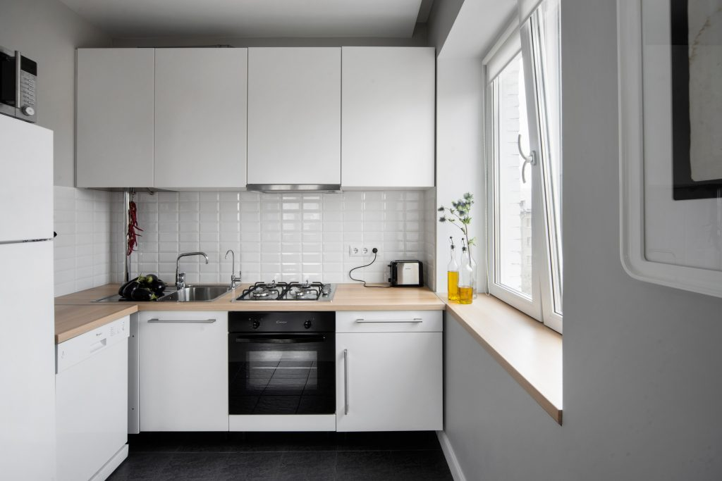 Рассказываем про мебель для маленькой кухни