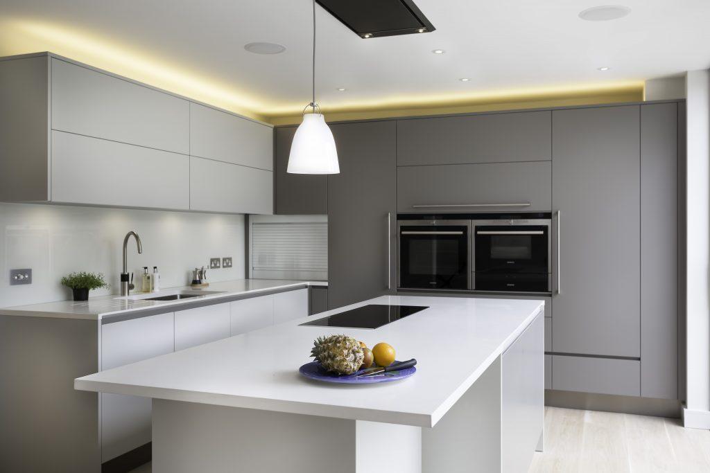 Тренд дизайна кухни 2021 - Минимализм