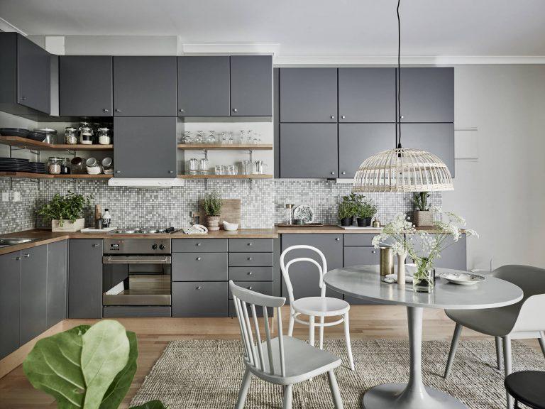 Дизайн кухни стоит продумывать тщательно и вдумчиво